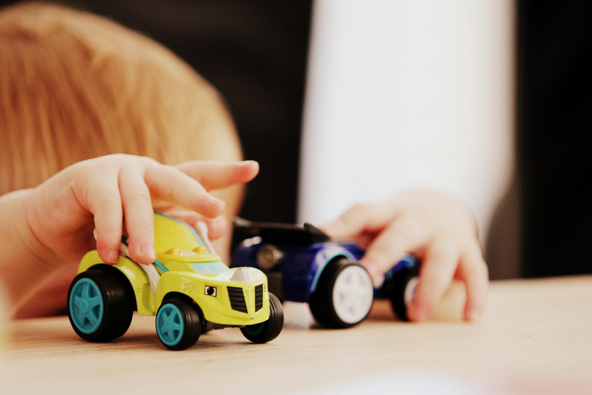 Zabawki dla niemowląt – jakie kupić?