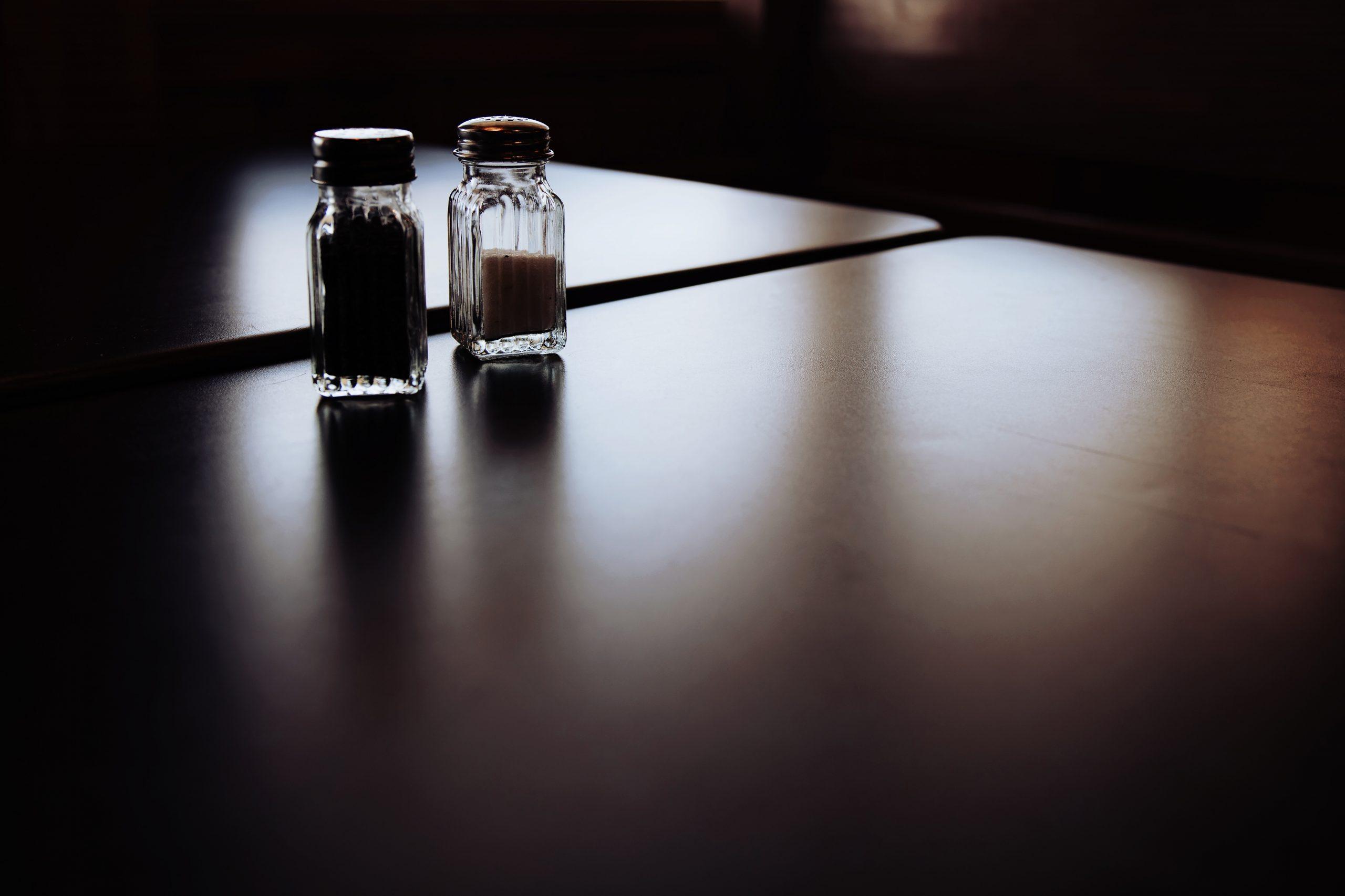 Propozycje młynków do pieprzu i soli
